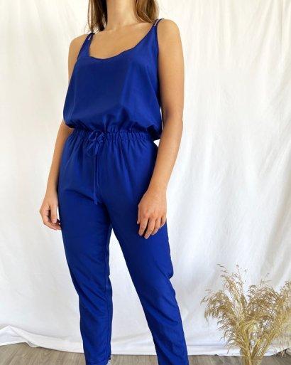 Macacão azul